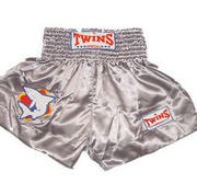 Twins Thaishorts Shark Small Logo, Medium