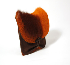 Pouch, springbok orange