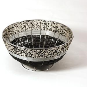Round bowl, black