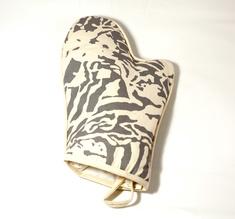 Botanical Zebra Ovenglove, Light Grey