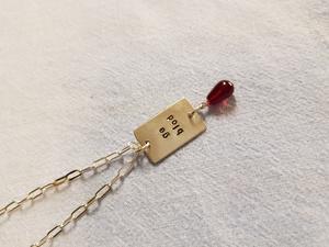 Silverhalsband ge blod