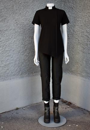 PRISCILLA-T-SHIRT BLACK