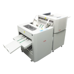 Dekia CF52 folding machine with crease