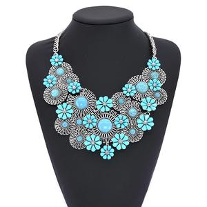 Deluxe Flower turquoise