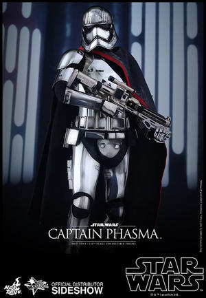 Hot Toys - Captain Phasma Sixth Scale Figure
