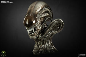 Alien Big Chap Legendary Scale Bust - Sideshow Collectibles