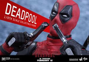 Hot Toys - Deadpool Sixth Scale Figure