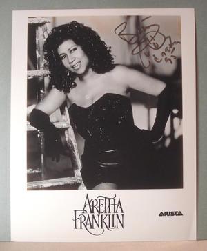 ARETHA FRANKLIN  Äkta autograf på fotografi