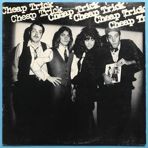 CHEAP TRICK - 1:a LP:n 1977 SIGNERAD!