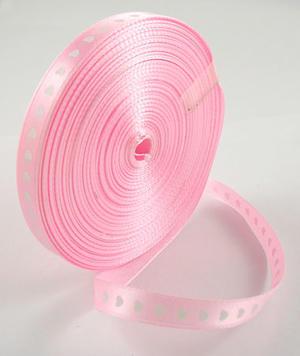 Rosa satinband med hjärtan 10 mm