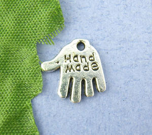 6 st händer med texten hand made -silver