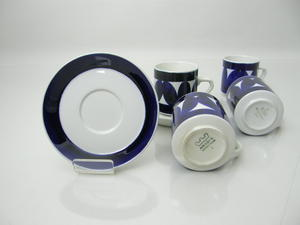 Kahvikupit ja alusvadit, 2 kpl+2, Sotka, RU (MYYTY)