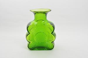 Vas, Amuletti 1731, grön, TA   (SÅLD)