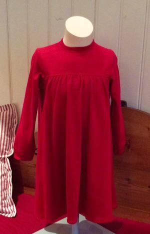 Röd trikåklänning