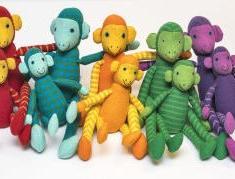 Små färgglada apor