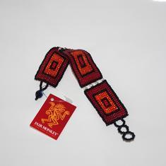 Armband, röda rutor