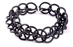 Vendela Necklace (Black)
