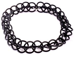 Vendela Long Necklace (Black)