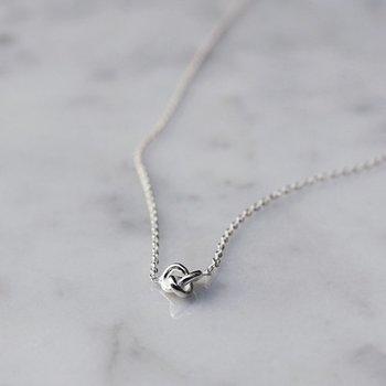 Drakenberg Sjölin Le Knot Drop Necklace