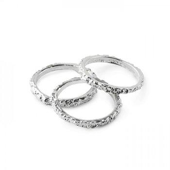 Thin Band Silver Ring
