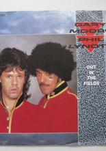 "Gary Moore & Phil Lynott Out In the Fields / Military Man 7"" singel"
