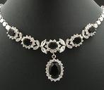 Necklace & earring set. Elegant