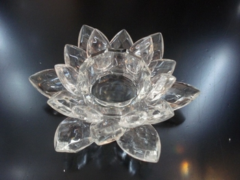 Lotus Candle Holder Clear Crystal
