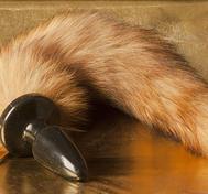 Fox Tail Blonde, Ruber Plug