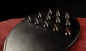 12-spikes leather paddle