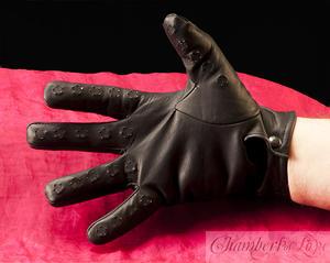 Vampire gloves man