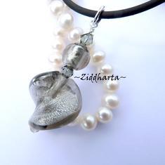 1st Smyckes hänge / berlock / charms: SF BlackDiamond Swirl - med Swarovski Crystals & handgjord LampWork-pärla