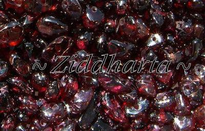 10gr Halvädelstens chips: Blodröda Garnet - Granat