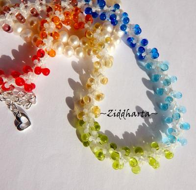 L5:150 - YOGA White Core W - Rainbow LOVE Chakras PRIDE Necklace / Halsband - Made by Ziddis hands