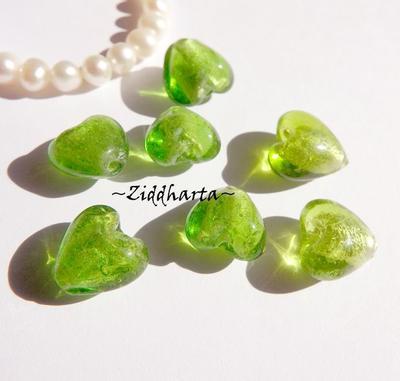 1st Hjärta ca 12mm - SF PERIDOT Äpple grönt Apple Green SilverFoil LW - Handmade HEART Lampwork Beads