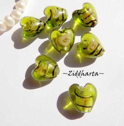 1-3-5st Hjärta ca 12mm - PERIDOT Randat - Handmade HEART Lampwork Beads Handblåsta Glaspärlor