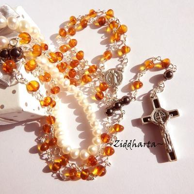 Benedictus Rosary Amber Rav Bernstein Bärnstens Jesus Cross Rosenkrans OOAK Necklace  - Amber Rav Bärnsten: Handmade Jewelry by Ziddharta