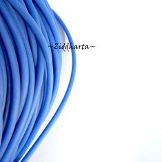 60cm Gummislang BLUE Kornblå 3mm diam - går att trä på wire