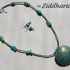 L2:43 OOAK Friendship - LYXIGT set: Halsband & örhängen - Grönt Grönturkost och blått Lampwork