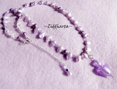 SÅLD! L5:152 - LavendelaHeart - Lila Violetta Blister Sötvattenspärlor SF Dubbelt Lampwork Hjärte-hänge Violet Heart Pendant Swarovski Crystals - handmade by Ziddharta