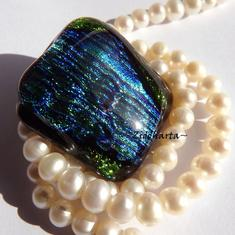60 Dichroic Cabochon ca30x28mm: Magic Glittering Woodlands