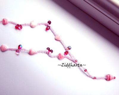 L2:67 Halsband PINK Hearts & Drops glaspärlor Necklace Fuchsia Pink Hearts & Glass Drops Glass beads- Handmade in Sweden