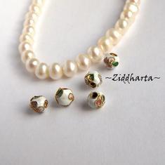 1 Cloisonné pärla: VITA 5mm Kula #10