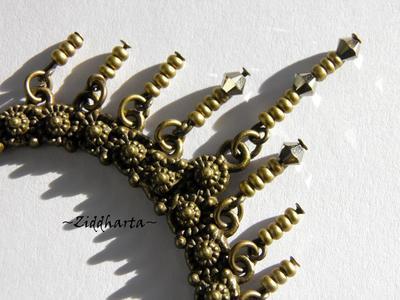 L4:137nn Victorian SteamPunk BOW Fringes - vackert halsband i bronze med kedjor och Swarovski Crystals - Necklace made y Ziddharta