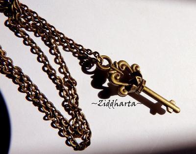 L4:136nn KEDJA - Bronze KEY - SteamPunk Chain Necklaces / Halsband: Nyckel Hänge Berlock / Pendant i metall