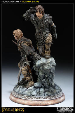 LOTR: Frodo and Samwise Statue
