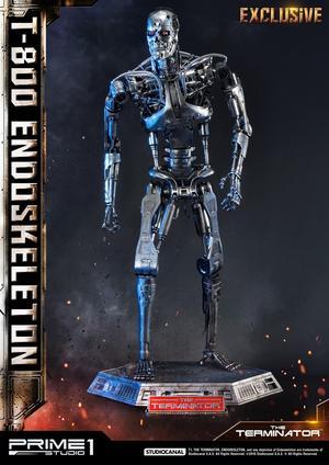 Endoskeleton 1:2 Scale Statue