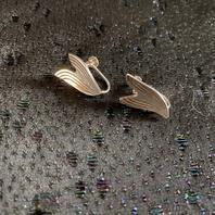 Örhängen i äkta silver med skruv. Från -50talet.