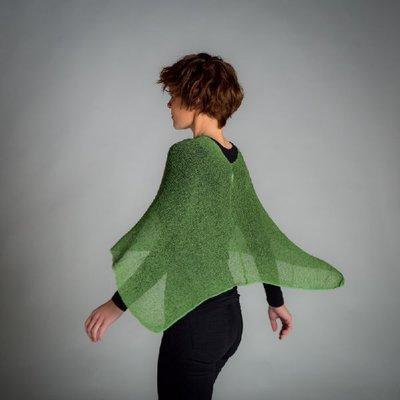 Ella liten cape´34 Ljusgrön Scrolla ned för fler färger
