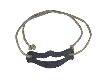 Svärdhållare med rep