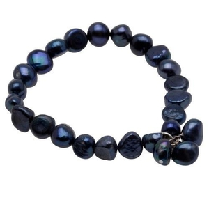 Pearls for Girls armband med mörkblå pärlor